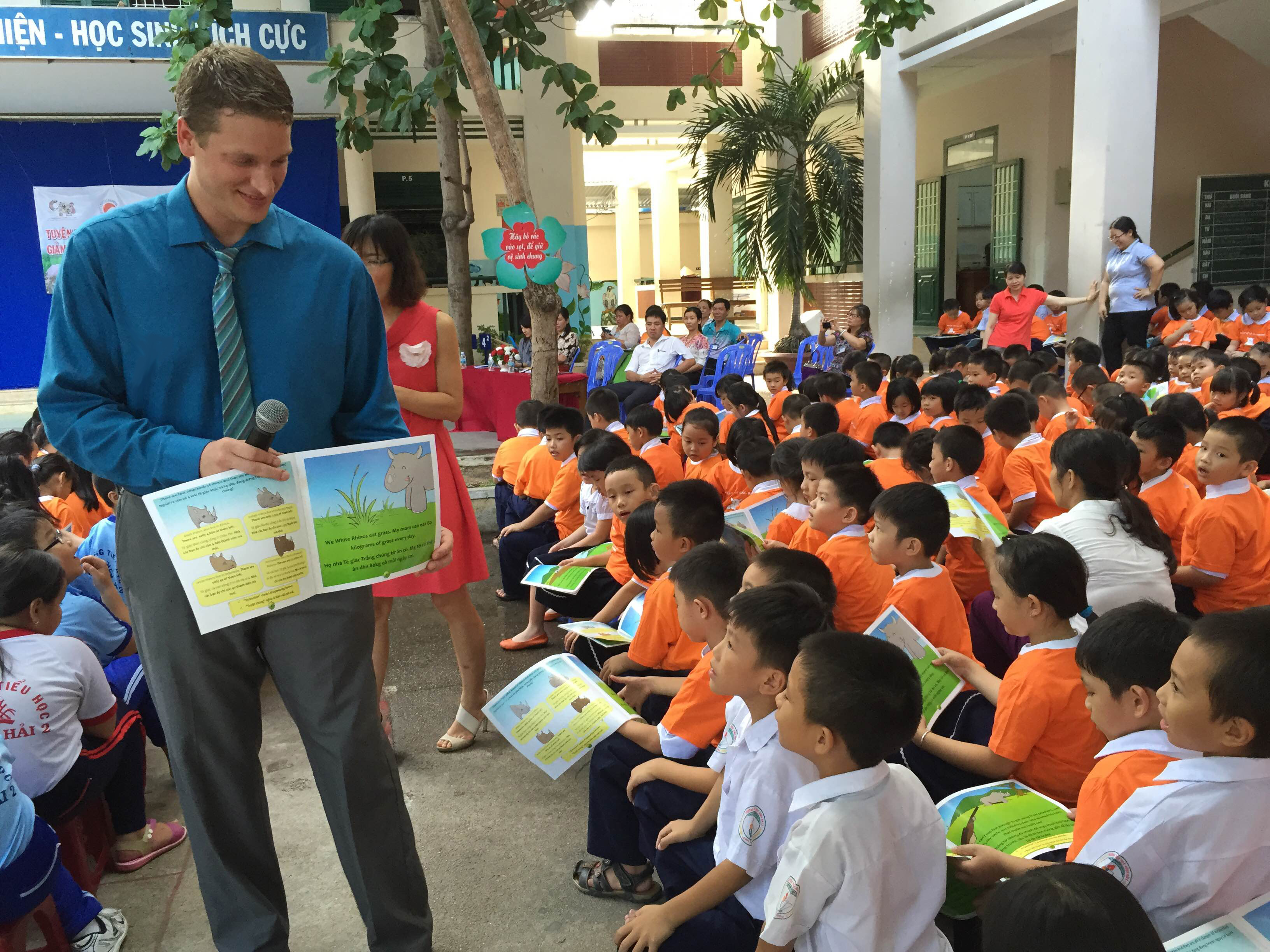 Reading to schoolchildren